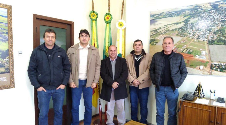Coronel Bicaco: Representantes da Superintendência Regional da Corsan participaram de reunião com o Executivo Municipal