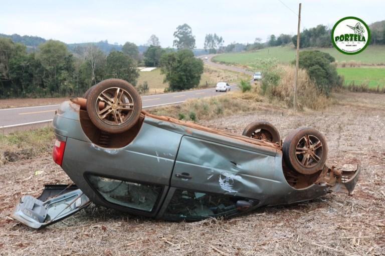 Motorista escapa ileso após acidente na RSC-472 em Tenente Portela