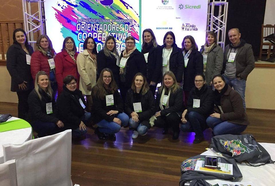 Sicredi Celeiro RS/SC participa da 2ª Conferência Estadual de Professores Orientadores das Cooperativas Escolares