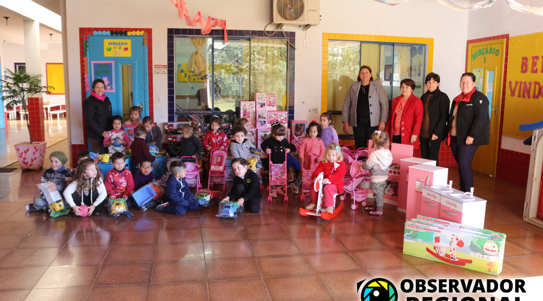 Braga: Administração Municipal entrega brinquedos para Escolas de Educação Infantil