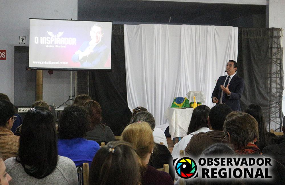 """Braga: Secretaria Municipal da Saúde realizou palestra """"Felicidade no Trabalho também é Qualidade de Vida"""""""