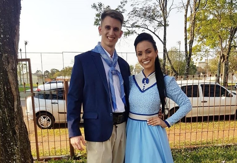 Casal três-passense conquista segundo lugar na Dança Gaúcha de Salão no Enart 2019