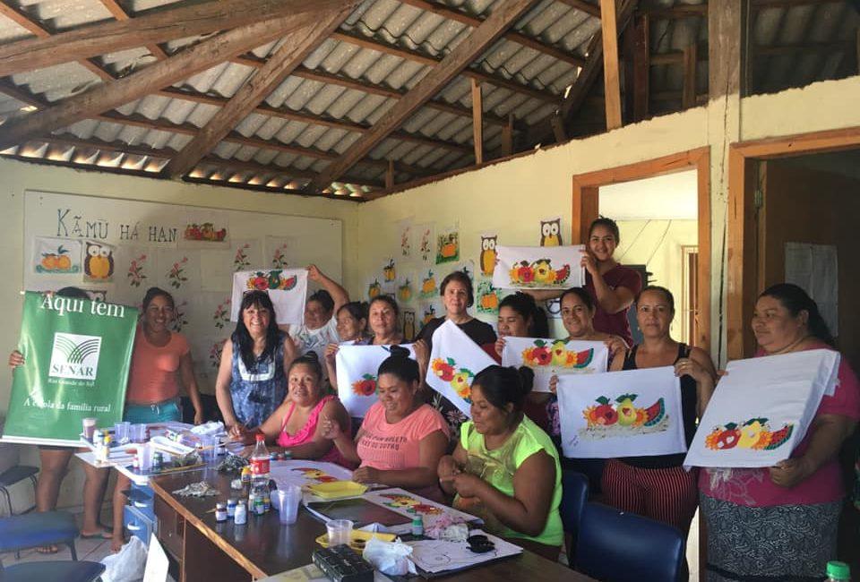 Redentora: Administração Municipal e SENAR realizam curso de tingimento e pintura em tecido