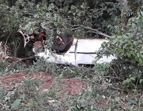 Três mulheres ficam feridas em capotagem de veículo na RS 344 em Tuparendi