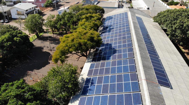 Chiapetta: Concluída a instalação de sistema de energia solar no Centro de Múltiplo Uso