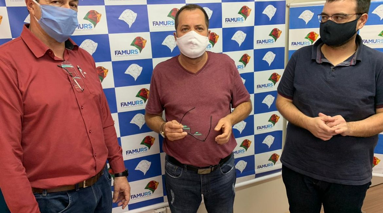 Presidente da Amuceleiro propõem renovação da venda dos serviços da folha de pagamento dos municípios