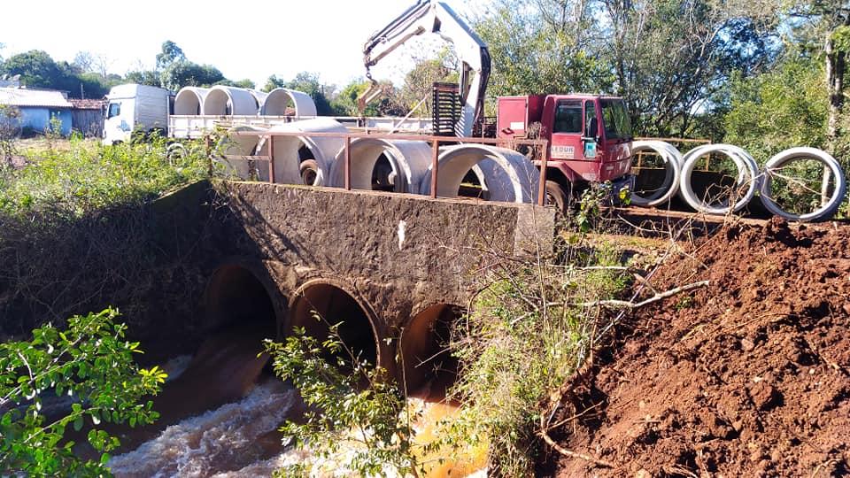 Coronel Bicaco: Município vai duplicar tubulação no bueiro do Lajeado Paiol